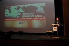 24 Ocak Uur Mumcu Anmas (KadikoyBelediye) Tags: tan 24 cumhuriyet ocak konser anma ahmet meral mehtap gazetesi nuholu uur mumcu kadkybelediyesi caddebostankltrmerkezi aykurt