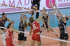 GO4G0956_R.Varadi_R.Varadi (Robi33) Tags: game sport ball switzerland championship team women action basel tournament match network volleyball volley referees