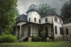 (SouthernHippie) Tags: alabama al abandoned abandonment americana 1800s empty fitzgerald zelda civilwar old ruin decay forgotten history historic house home haunted haunting scary sky trees grey green spooky moody architecture flickr south southern