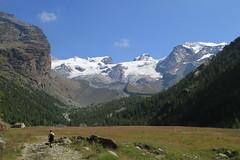Champoluc. (coloreda24) Tags: italy mountain canon europa europe italia monterosa alpi champoluc valledaosta 2011 valdayas canonefs1785mmf456isusm canoneos500d alpipennine gruppomonterosa