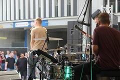 "BOSS Truck - ""Wir fllen das Stadion"" (ROLAND Germany) Tags: boss truck frankfurt fran arena liveband stadion commerzbank weltrekord bhne instrumente livemusiker"