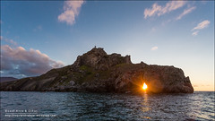 San Juan de Gaztelugatxe, Bermeo (Bizkaia) (Anna & Oskar) Tags: esp espaa gibelortzagasanpelaio paisvasco sanpelaio atardecer sunset mar sea gaztelugatxe sanjuandegaztelugatxe landscape