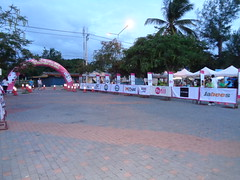 DSC00316 (bigboy2535) Tags: sensei john oliver pak nam pran 10k half marathon fun run thailand