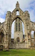 Howden Minster (Graham`s pics) Tags: howden howdenminster eastridingofyorkshire eastyorkshire travel tourism church minster ruins markettown town