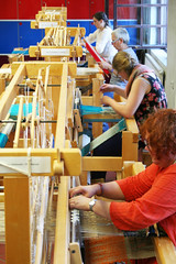 (RAIL REED & weaving) Tags: railreed weaving looms weavers summercourses weavehackers