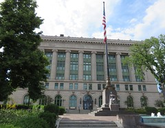 Saint Louis County Courthouse (Duluth, Minnesota) (courthouselover) Tags: minnesota mn courthouses countycourthouses usccmnsaintlouis saintlouiscounty stlouiscounty duluth danielburnham northamerica unitedstates us