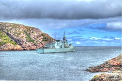 HMCS Fredericton Head out to Sea (Ross A Craig) Tags: stjohnsnewfoundland canadian navy united states hmcs fredericton athabaskan signal hill