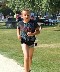 Rookie (Cavabienmerci) Tags: kids triathlon 2016 yverdon les bains switzerland suisse schweiz kid child children boy boys run race runner runners lauf laufen lufer course  pied sport sports running triathlete