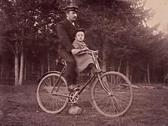 father & son on a bicycle ca 1910 (H A T S C H I B R A T S C H I) Tags: waffenrad fahrrad fahrradoldtimer fotographie fahrradfoto fahrradfahrer fahrradausflug family vintage vintagephoto velo vintagebicycle veloancien oldtimerfahrrad oldtimer old oldphoto man father son fatherandson biker boy bicycle bike bicyclist bicycling 1900 1910 1920 1905 1915