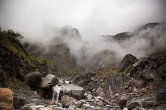 Llegando a Deurali (Sitoo) Tags: annapurna annapurnabasecamp campobaseannapurna cloudy fog foggy himalaya mountains nepal todeurali trek trekking