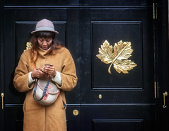 Gold Leaf (garryknight) Tags: door woman london mobile gold leaf phone cellphone samsung mobilephone lightroom nx2000 perfectphotosuite