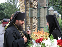 125. Еп. Арсений в Сергиевском монастыре 2006 г.
