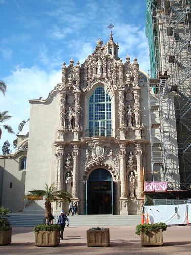 California Building: view of southern facade