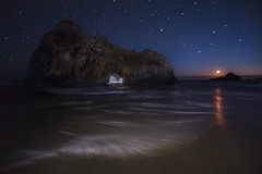 Moonset at Pfeiffer Beach (aidong_ning) Tags: moon beach stars nightscape bigsur nightsky moonset californiacoast pfeifferbeach