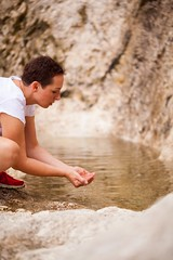 _MG_2362 (TobiasW.) Tags: wassertropfen waterdrops water wasser klareswasser clearwater drinkingwater trinkwasser