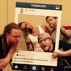 #Shinedown at Landers Center (Photo via 98.1 The Max) #ZachMyers #BrentSmith #EricBass #BarryKerch (ShinedownsNation) Tags: zach eric bass nation smith barry brent myers shinedown kerch shinedowns