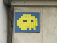 Space Invader PA_488 (tofz4u) Tags: blue streetart paris yellow jaune tile mosaic spaceinvader spaceinvaders bleu invader 75012 mosaque artderue reactivated restaur pa488