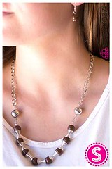 121_neck-brownkit1may-box04