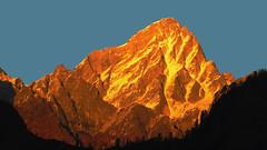 The Sunset fire.... (Lopamudra!) Tags: sunset india mountain landscape golden evening twilight sundown dusk peak mount uttaranchal himalaya himalayas auli garhwal lopamudra uttarakhand barmal uttarkhand lopamudrabarman