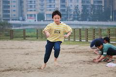 IMG_8591.jpg (小賴賴的相簿) Tags: kid child 台灣 台北 小孩 親子 兒童 新店 70d 55250 陽光運動公園 anlong77 anlong89 小賴賴