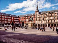 Plaza Mayor - Madrid (Sandra Kche) Tags: madrid trip architecture spain espanha europe viagens