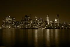 Skyline - New York (Verónica Prada) Tags: nyc bw newyork skyline brooklynheights monochromatic bn nocturna sepiatone nuevayork monocromática