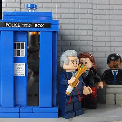 LEGO Doctor Who: The Twelfth Doctor's TARDIS Interior (Series 9) (Umm, Who?) Tags: doctor who 12th tardis interior series 9 peter capaldi jenna coleman steven moffat 11 bigger inside smaller out time space 77 totters lane adventure brickfair