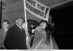 Ethel & Julius Rosenberg  Soviet Atomic Spies (72) (ngao5) Tags: americans communist crime death ethelrosenberg execution females group judicialproceedings juliusrosenberg karenmoreey males marxist people punishment spy treason trial trialofjuliusandethelrosenberg whites