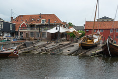 Scheepswerf (shipyard) (robvanderwaal) Tags: spakenburg scheepswerf botters robvanderwaalphotographycom 2016 werf rvdwaal botter fishingboat historic traditional shipyard vissersboot platbodem dutch nederland netherlands boot schip ship vessel zeil sail zeilschip sailing
