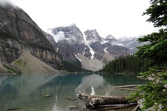 Low Clouds (Patricia Henschen) Tags: canada nationalpark banff alberta morainelake glacial lake reflections rockies northern rockymountains mountains reflection glacier