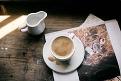 ROZA (rrrroza) Tags: analogue analog art analogcamera analogphotography analogfeatures filmisnotdead filmphotography film filmisalive fujicolor istanbul istillshootfilm canon coffee city cafe vintage 50mm magazine kinfolk vscocam vsco vscogrid camera shadow sunlight