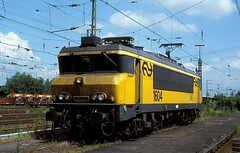 1604  Emmerich  31.07.98 (w. + h. brutzer) Tags: emmerich 16 eisenbahn eisenbahnen train trains railway niederlande holland elok eloks lokomotive locomotive zug ns webru analog nikon