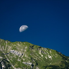 DSCF0371 (schattauer) Tags: mittagsmond crazysummer deathstar purtschellerhaus austria landscape fujifilm xseries