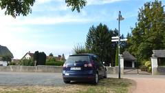 Parkplatz gegenüber vom Friedhof