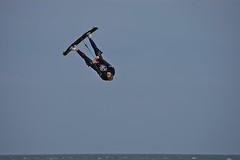 HIH8 Airborne (jezebel_cux) Tags: cuxhaven cuxland elbe elbmndung kitesurfen kitesurfing kiter hngtihnhher strand