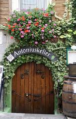 Zell, Rmerstrae, Antoniuskeller (HEN-Magonza) Tags: zell mosel moselle rheinlandpfalz rhinelandpalatinate deutschland germany