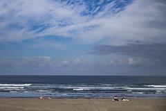 Septiembre en la playa v6 - Distancia (ponzoosa) Tags: muchachito playa beach sun sol frejulfe ocean cantbrico asturias principado septiembre ruido distancia