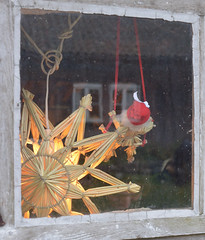 christmas behind the window #2 (bkp77) Tags: window star advent jul fnster stjrna