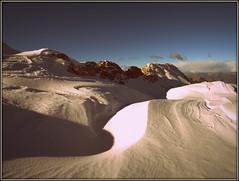 ganda (openfieldtumba) Tags: sky snow nature shadows earth natura ombre silence cielo neve terra gratitude silenzio gratitudine contemplazione contempletion
