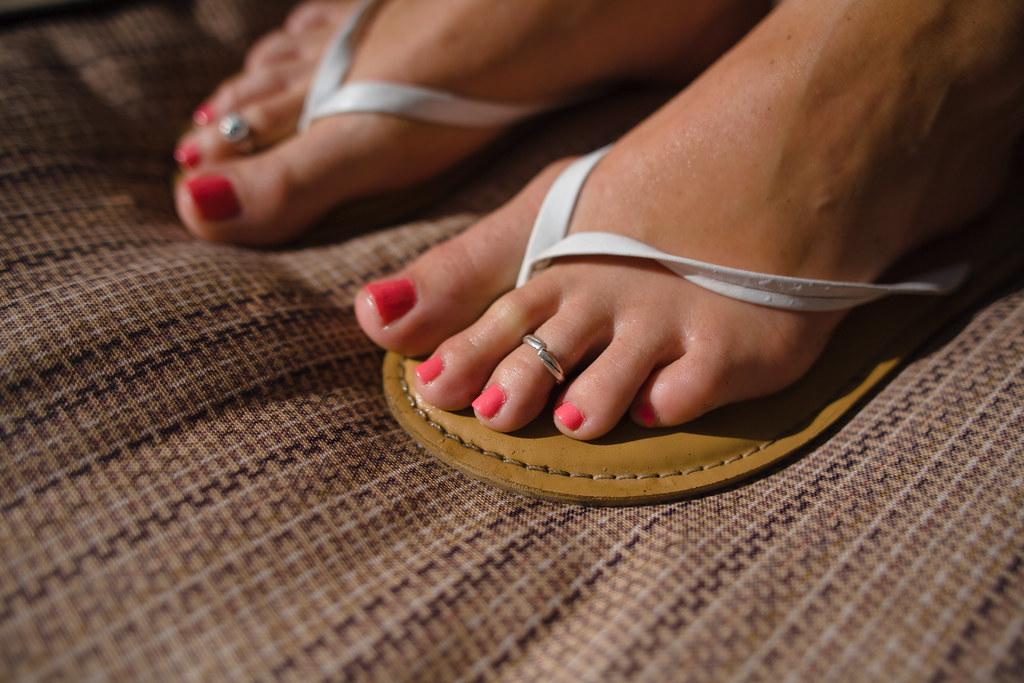 Hood milf brown toenails