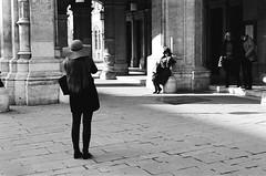 Models Holidays (Martin Schachermayer) Tags: vienna wien tourism photography austria blackwhite sterreich opera europa europe sightseeing innercity innerestadt kodaktrix400 schwarzweis nikkormatftn martinschachermayer