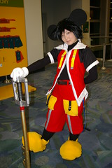 1284 AX06 (Photography by J Krolak) Tags: costume cosplay masquerade anaheim keyblade animeexpo2006 ax06 kingdomofhearts