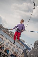 Bruxelles - Funambules au-dessus du canal 2016-04-09 (saigneurdeguerre) Tags: antonio ponte saigneurdeguerre canon eos 5d mark 3 iii europe europa belgique belgi belgien belgium belgica bruxelles brussel brssel brussels bruxelas funambule canal 2016