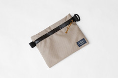 Flat Pouch Sand 01 (Imagery Bags) Tags: zipper ykk waterresistant flatpouch drypouch