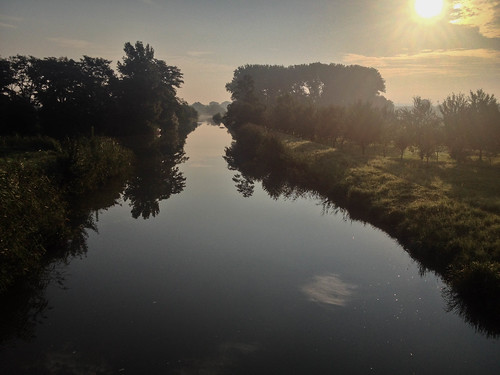 Ráno na Baťově kanále