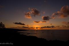 tramonto Porto di Vibo Valentia (bobone77) Tags: tramonto pizzo calabro tropea capo rizzuto vibo valentia porto sole sun raggi port ferry boat ferryboat