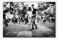 Les danseurs de la Rpublique (Gongashan) Tags: et rpublique soir paris france