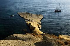 Boat moored at nejna Bay - Marr - Malta (PascalBo) Tags: nikon d300 malta malte europe nejnabay gnejnabay marr mgarr seascape landscape paysage sea mer outdoor outdoors boat bateau pascalboegli