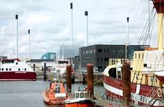 Hafenregion - Schlote; Esbjerg, Dnemark (13) (Chironius) Tags: esberg dnemark esbjerg denmark danmark hafengebiet see nordsee meer northsea merdunord mardelnorte maredelnord industrie