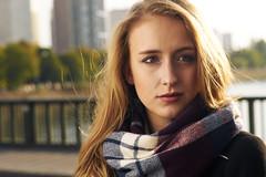 Portrait shoot on the Pont Bir Hakeim (janhettenkofer) Tags: paris portrait strobe flash zeiss sony a7 umbrella woman fashion profoto birhakeim scarf blonde bridge